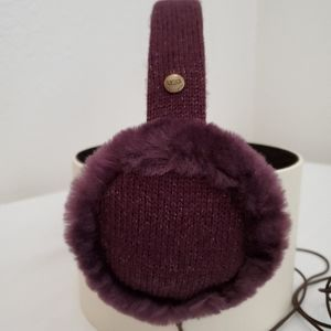 NWOT PURPLE UGG EARMUFFS with wire or not